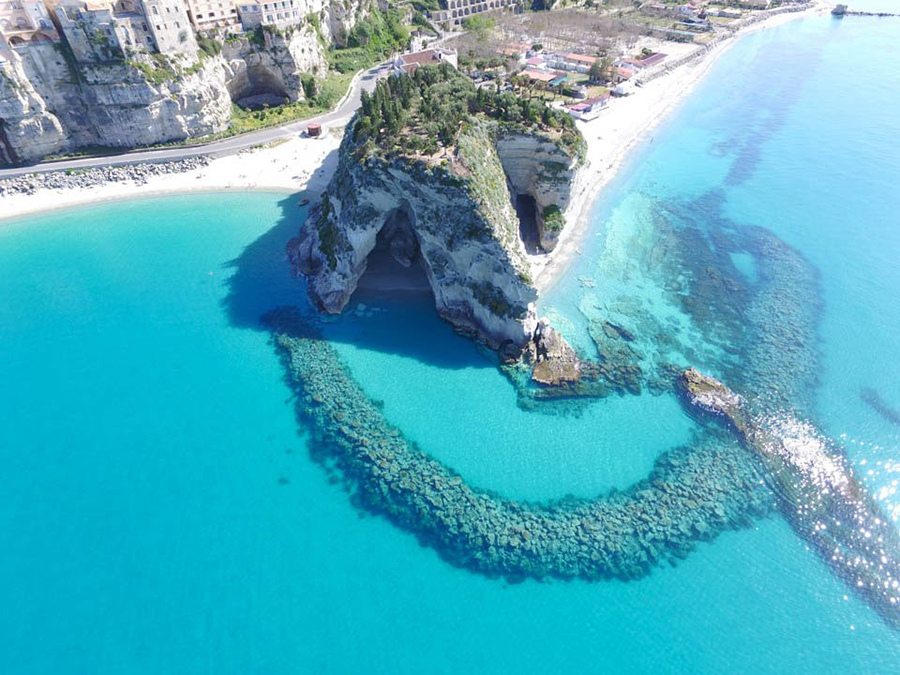 rent a boat in tropea italy