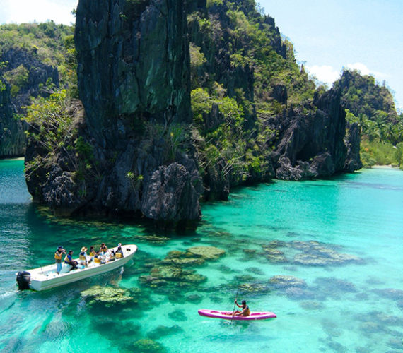How to Travel Around the Philippines – A One Month Guide!