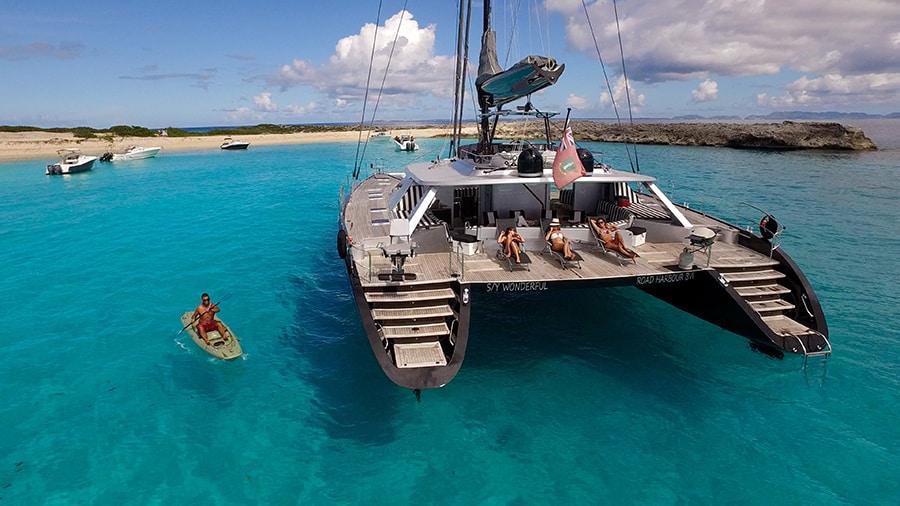 catamaran charter malta