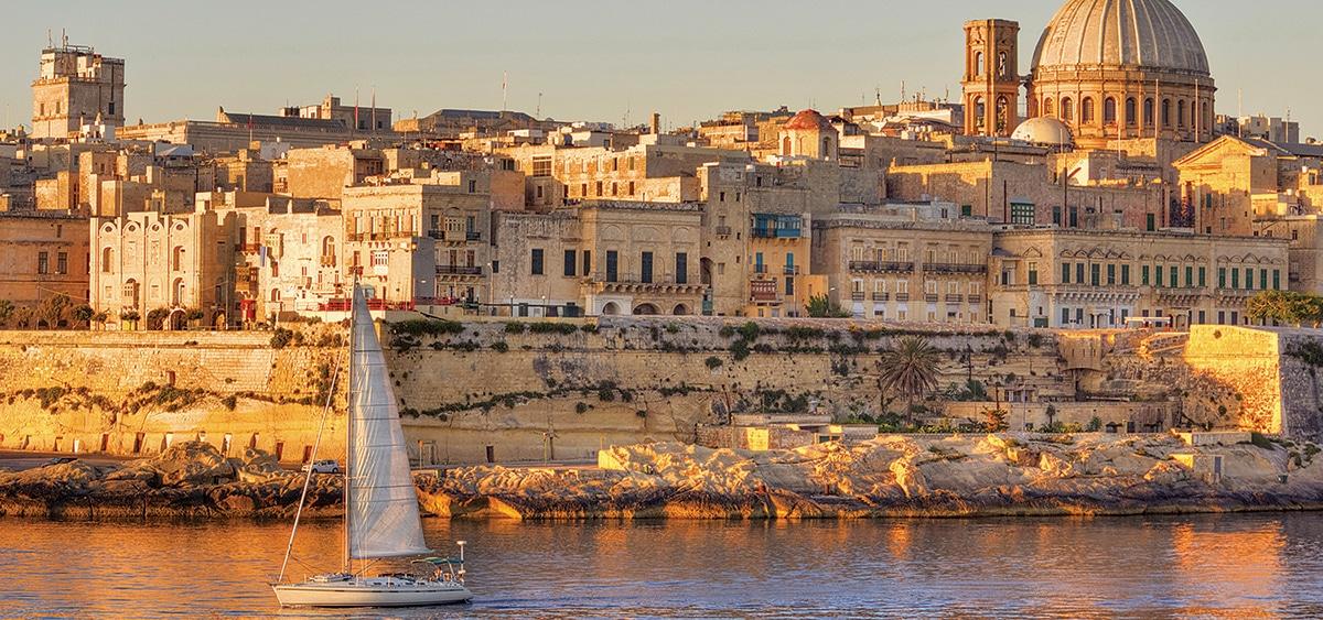 charter a yacht malta valletta