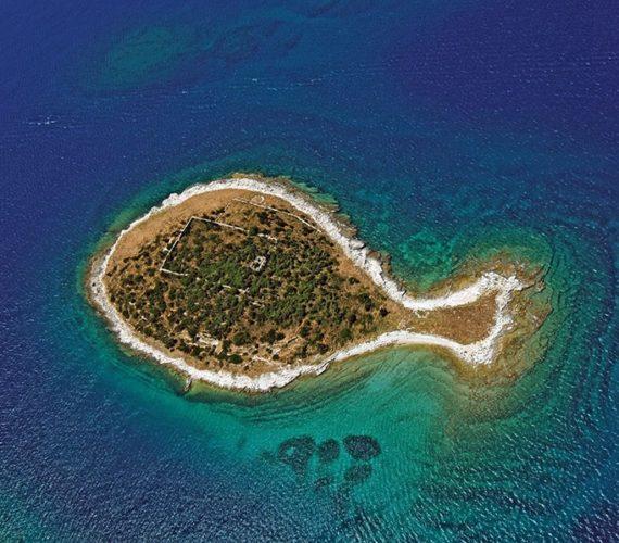 Yacht Charter Hidden Gem: Fifty Shades of Blue – Island of Cres