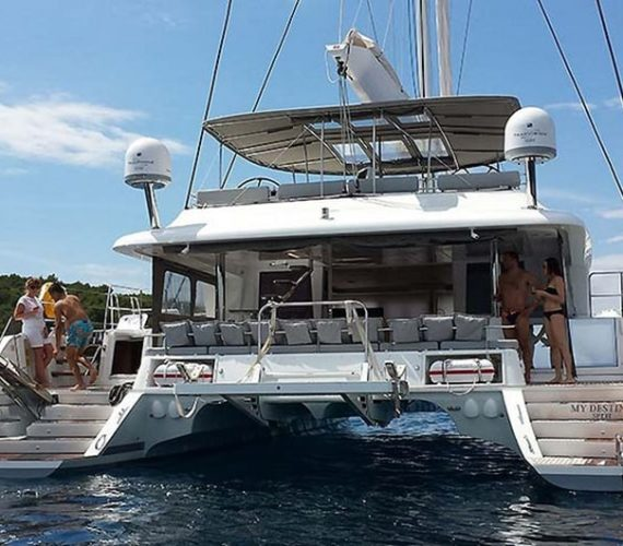 Lagoon 620: Catamaran Skippered Charter in Croatia