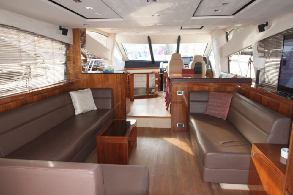Sunseeker Manhattan 63 inside