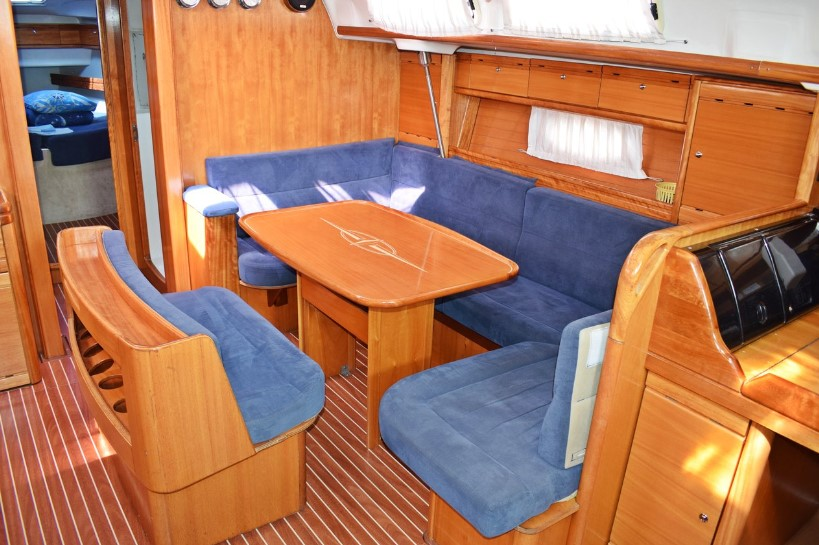 Bavaria 46 Cruiser inside look