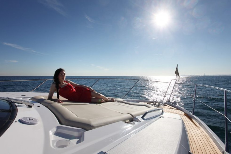 taking a rest on the Sunseeker Manhattan 63