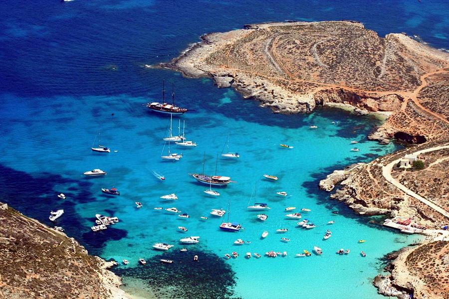 yacht charter in Comino, Malta