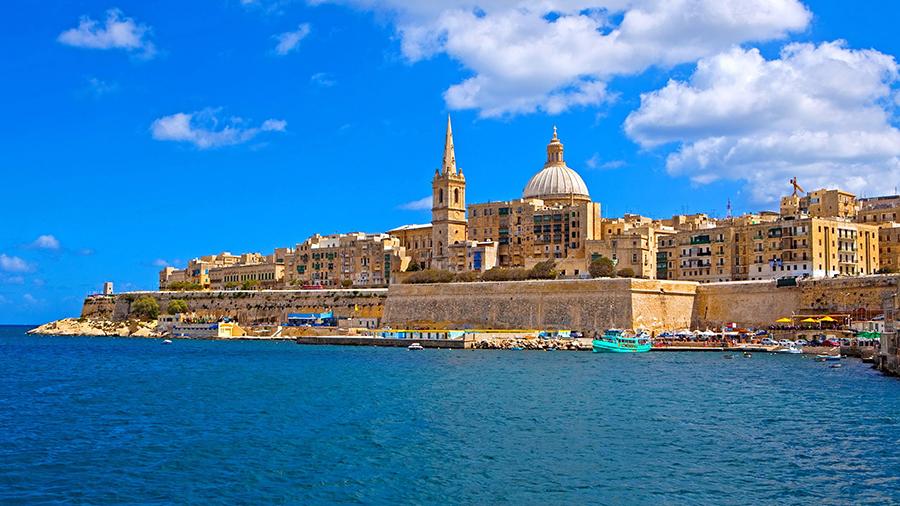 charter a yacht in Valletta, Malta