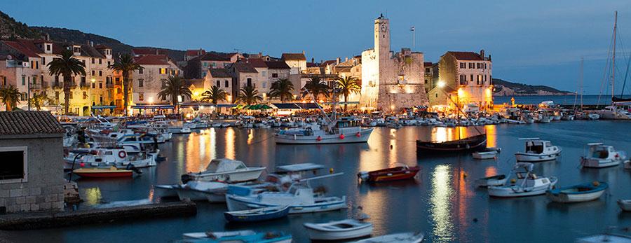 yacht charter Komiza, Croatia