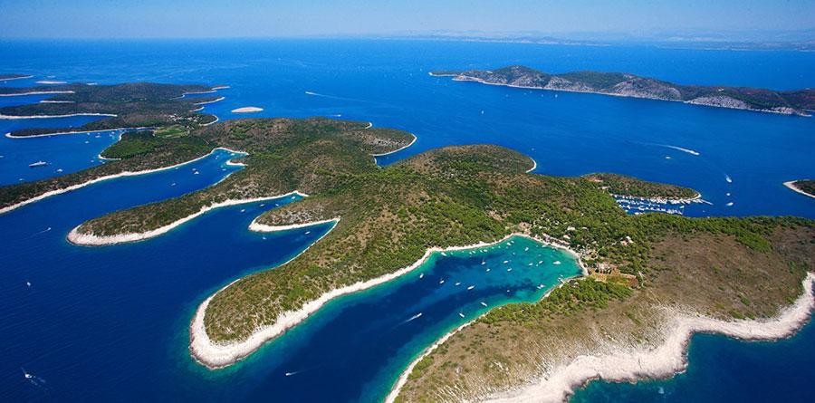 yacht charter Hvar, Croatia