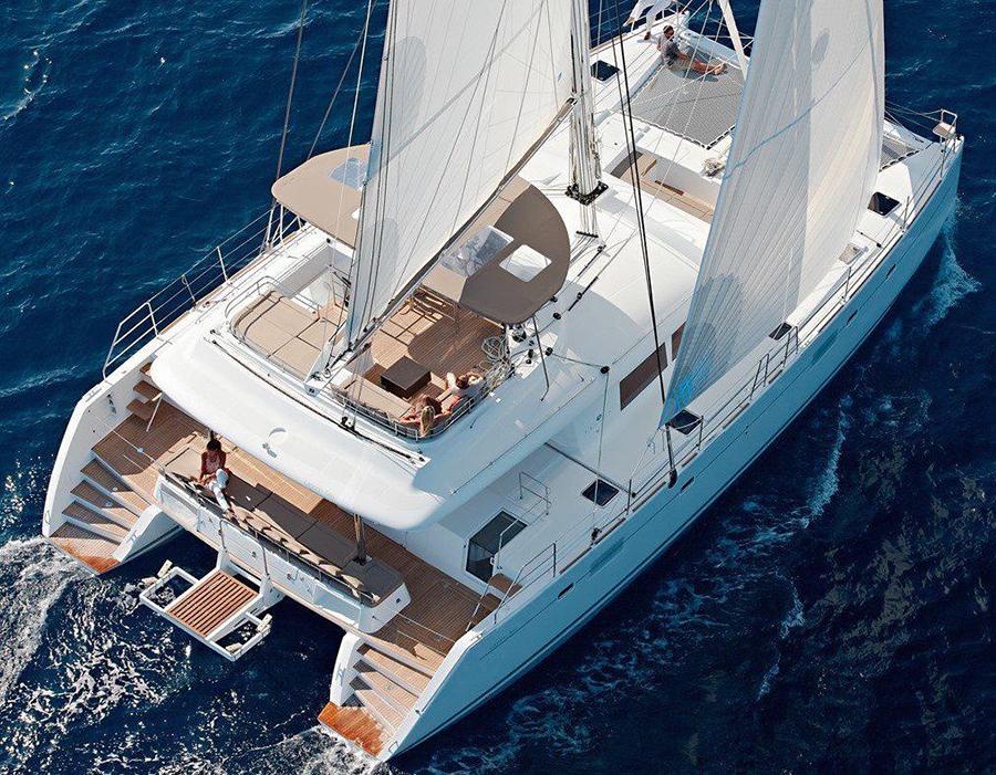 Catamaran Lagoon 560 S2 Book2Sail