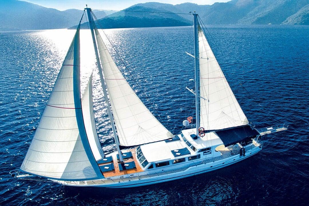 gulet summertime sailing in Turkey