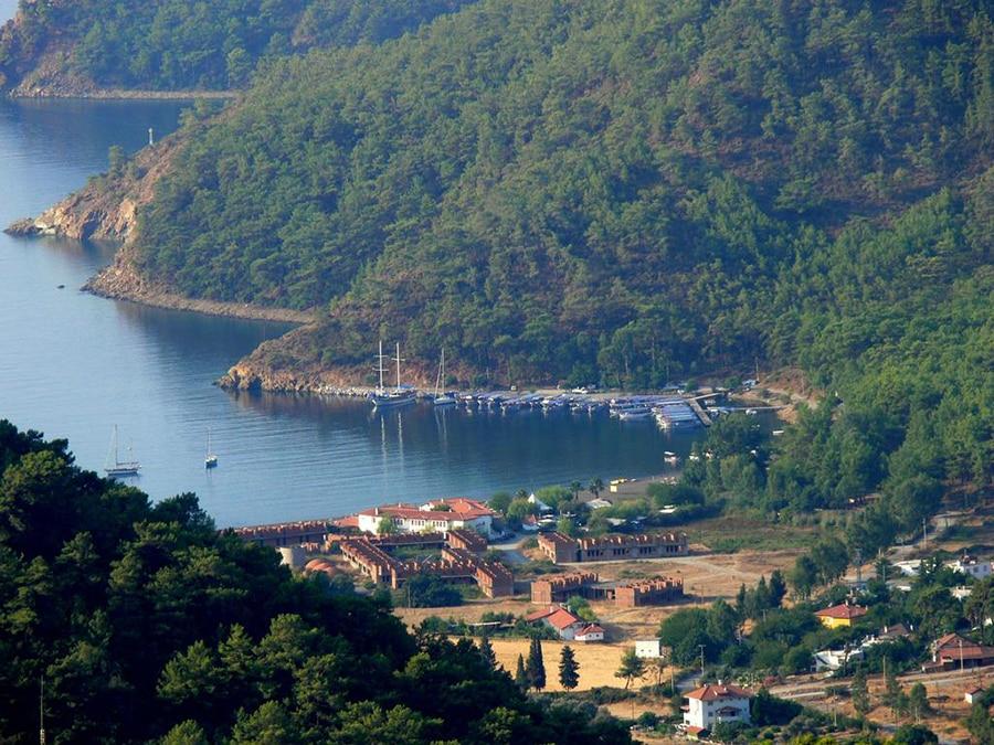 gullets sailing to Ekincik