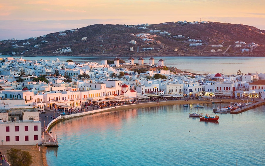 One Week Itinerary for Sailing in the Cyclades (Athens to Paros)