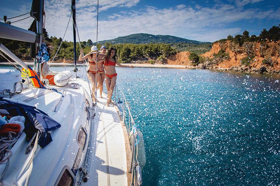Sailing Holidays In Greece: A Variety Of Sailing Weekly