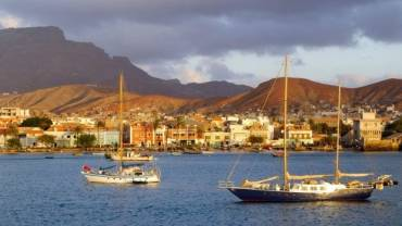 Sailing Cape Verde – 10 Reasons to Visit the Island of Sal
