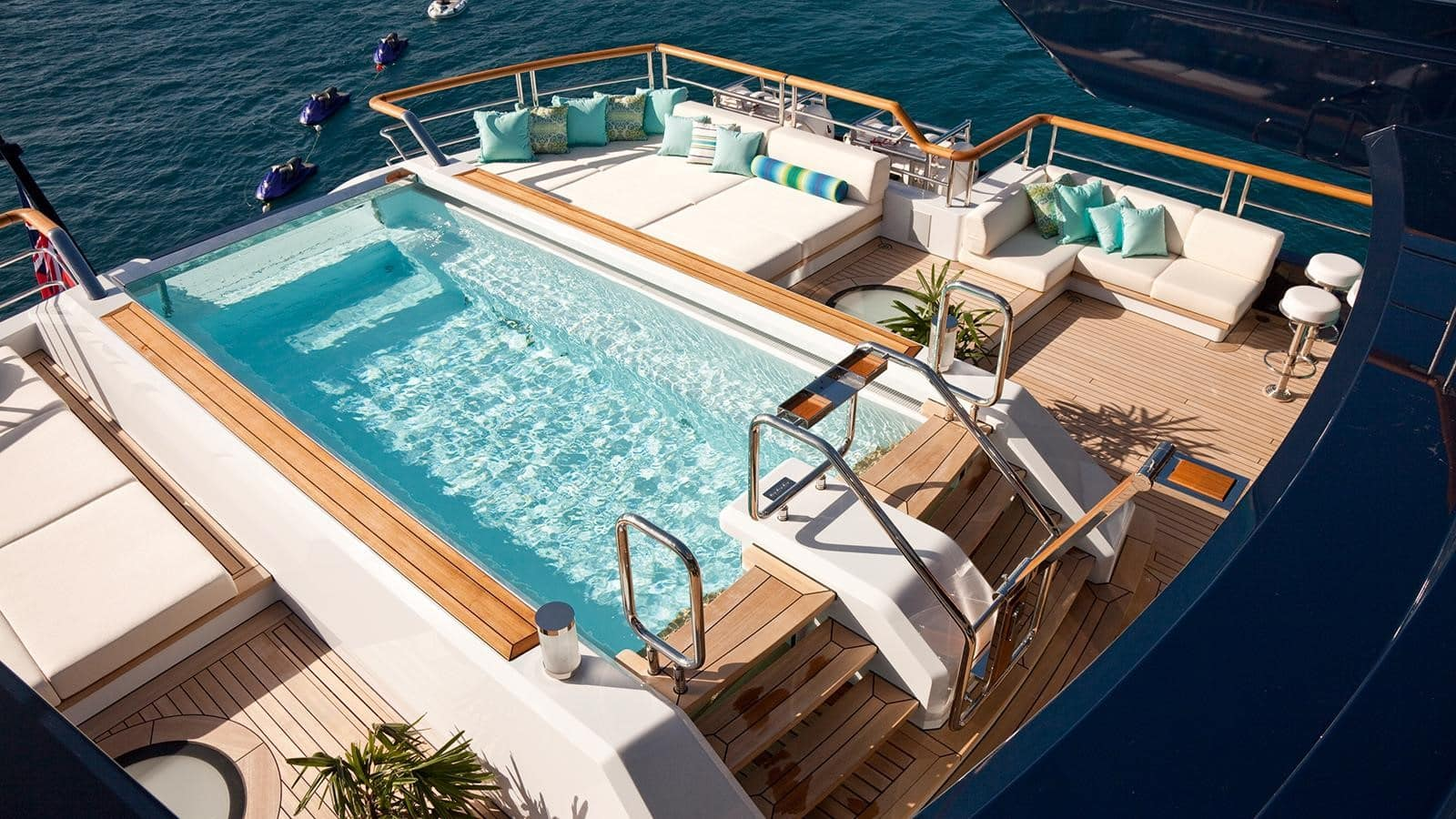 Baton Rouge 3 luxury yacht