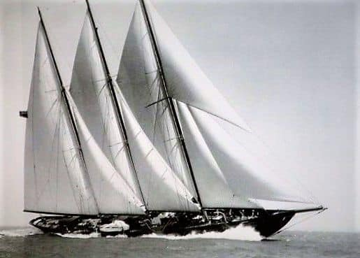 Creole yacht sailing black and white