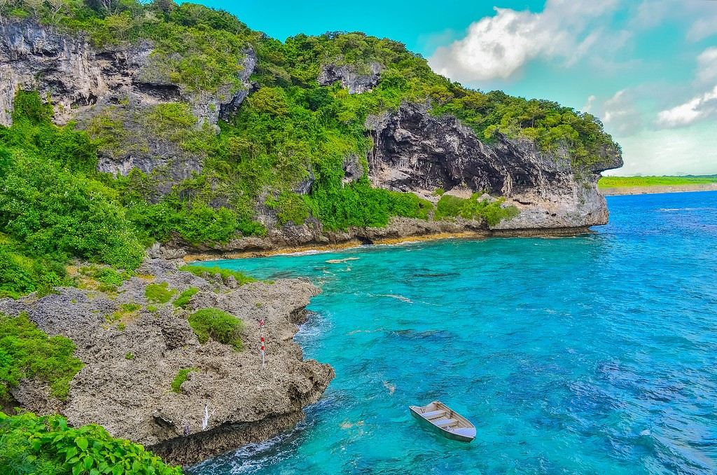 the picturesque and rocky LIfou in New Caledonia