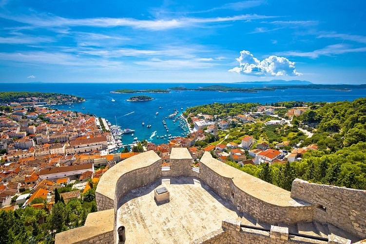 Yacht Charter on the Dalmatian Coast