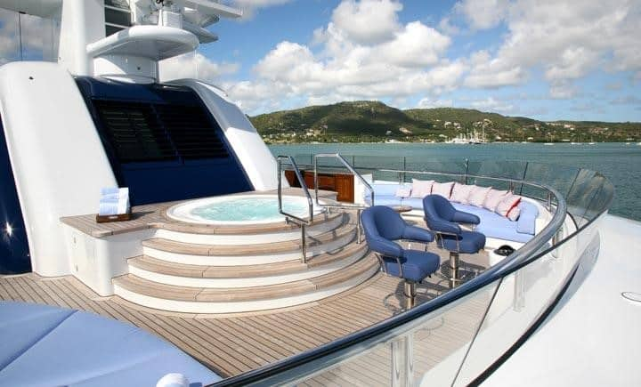 Bella Vita luxury yacht deck amenities