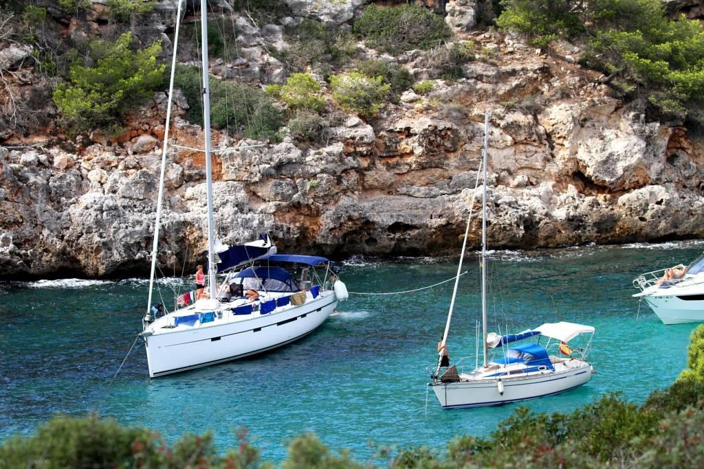 Sailing around Crete