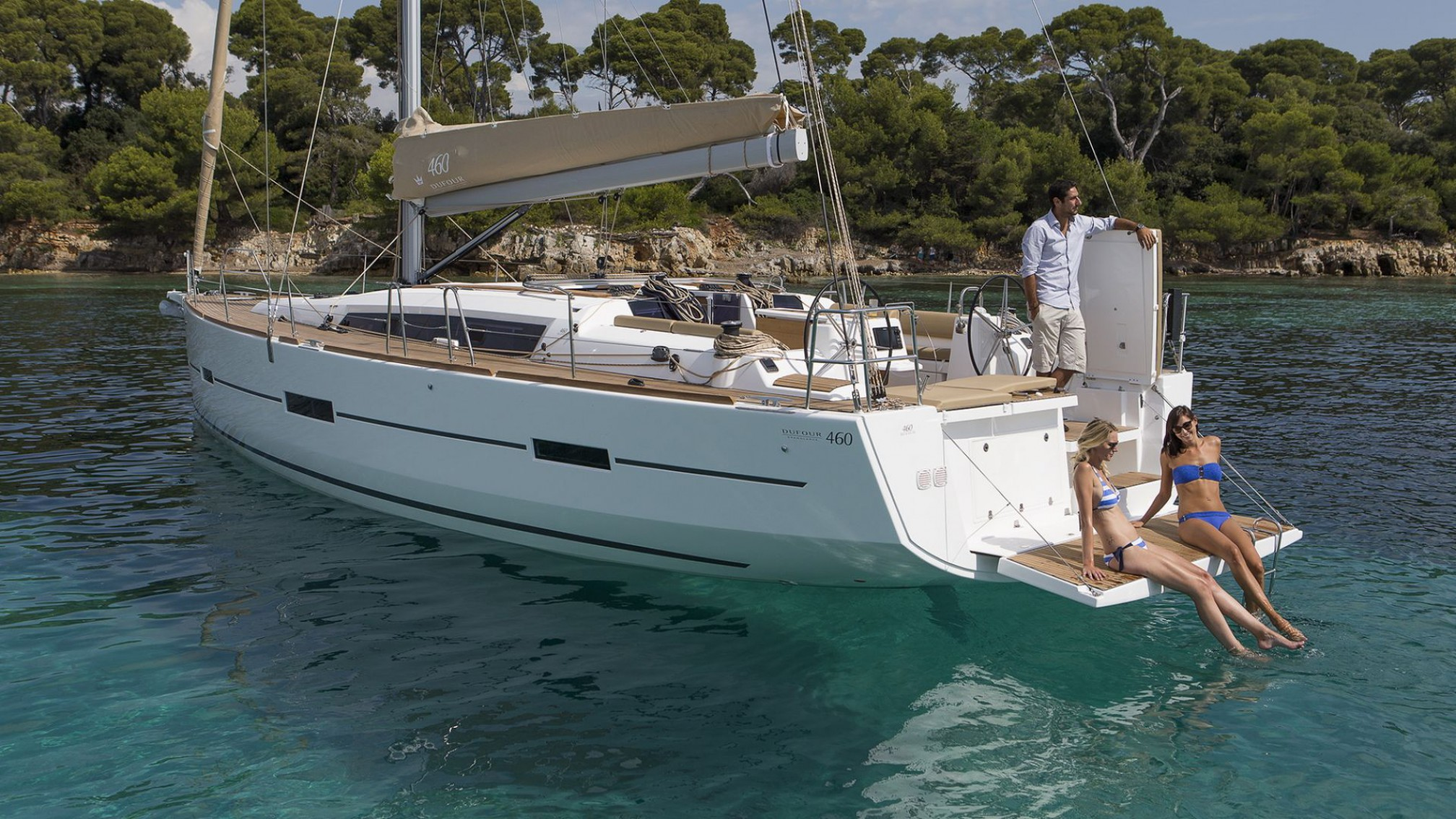 Dufour 46 GL anchored