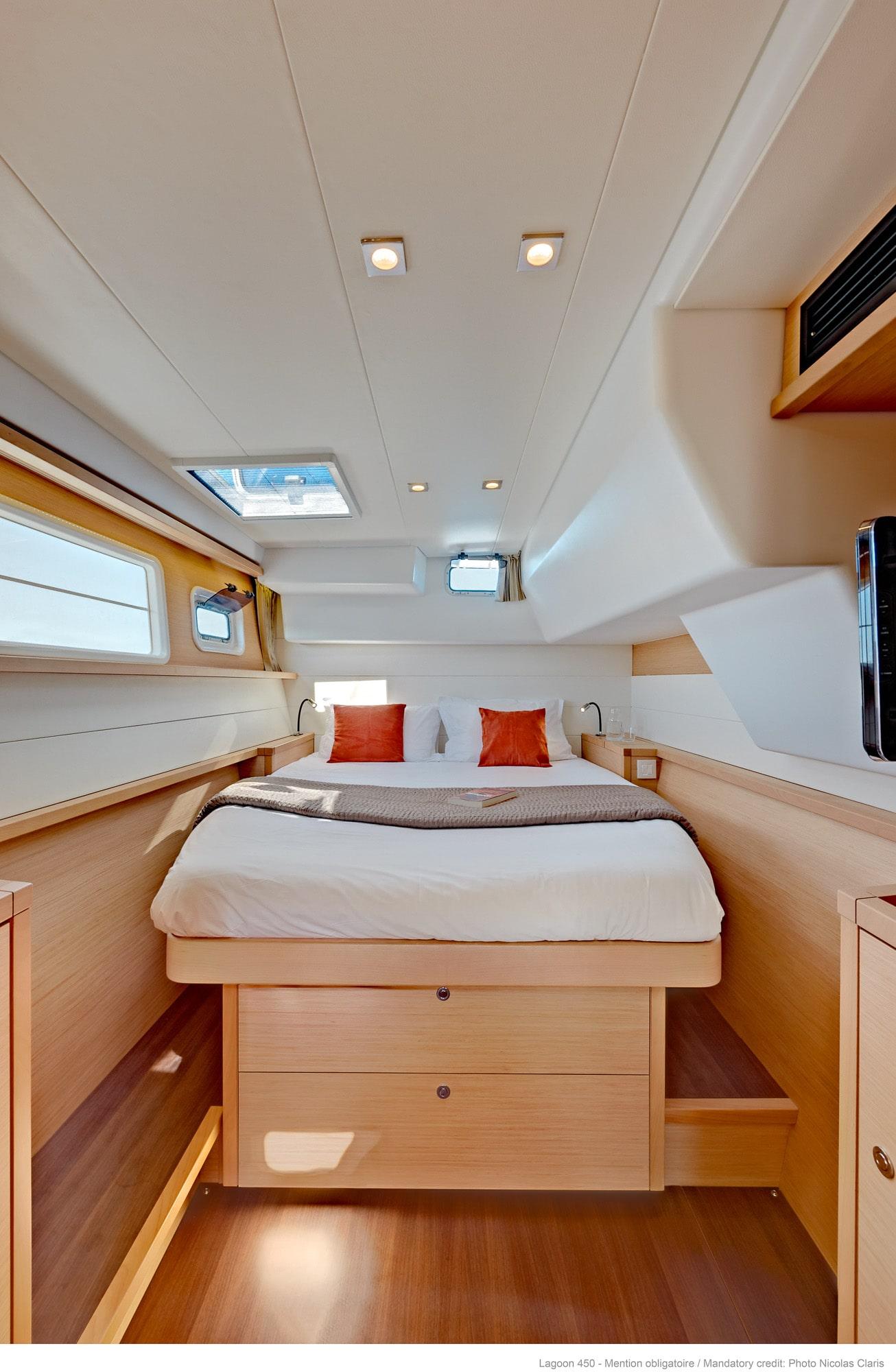 Lagoon 450 bedroom