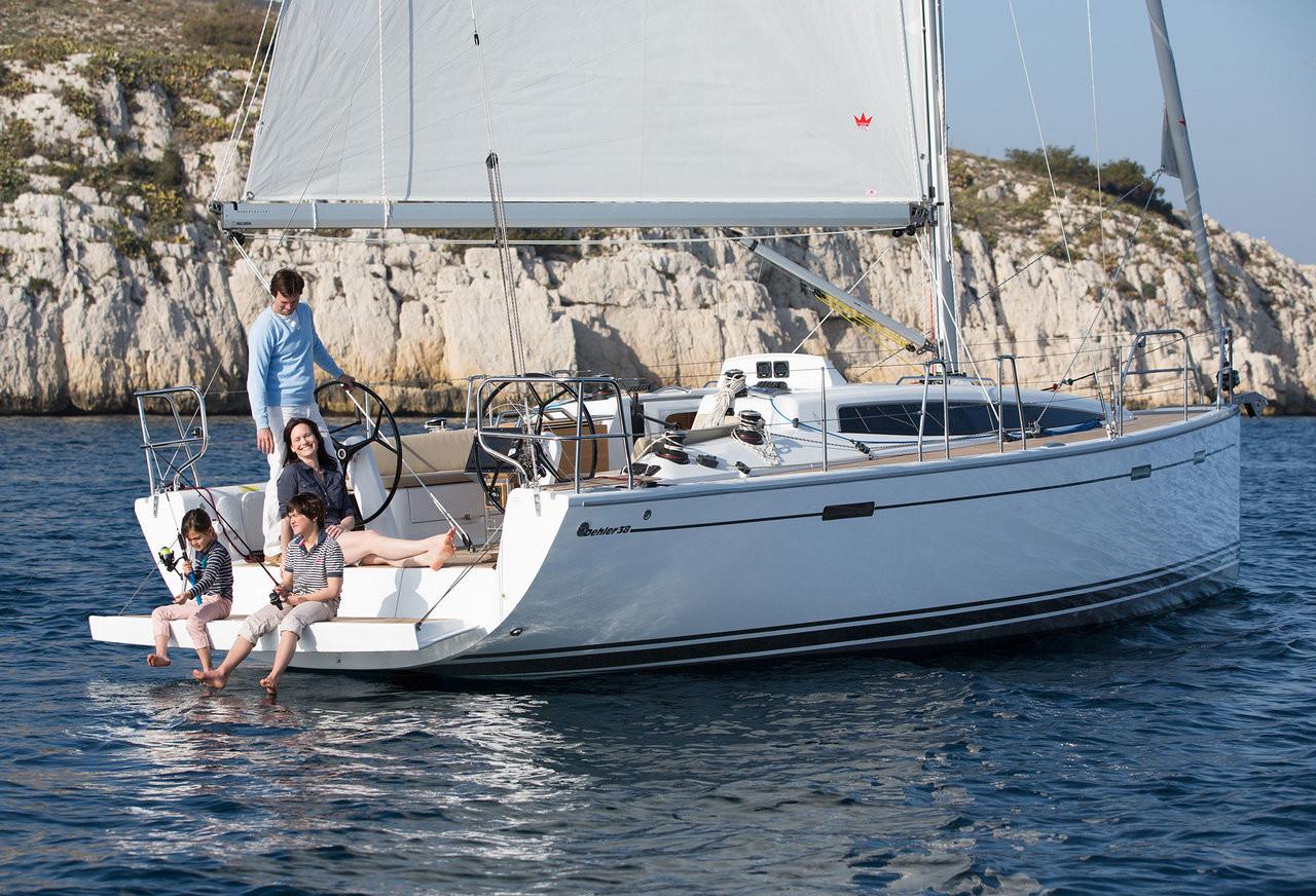 Dehler 38 sailing in the Carribean
