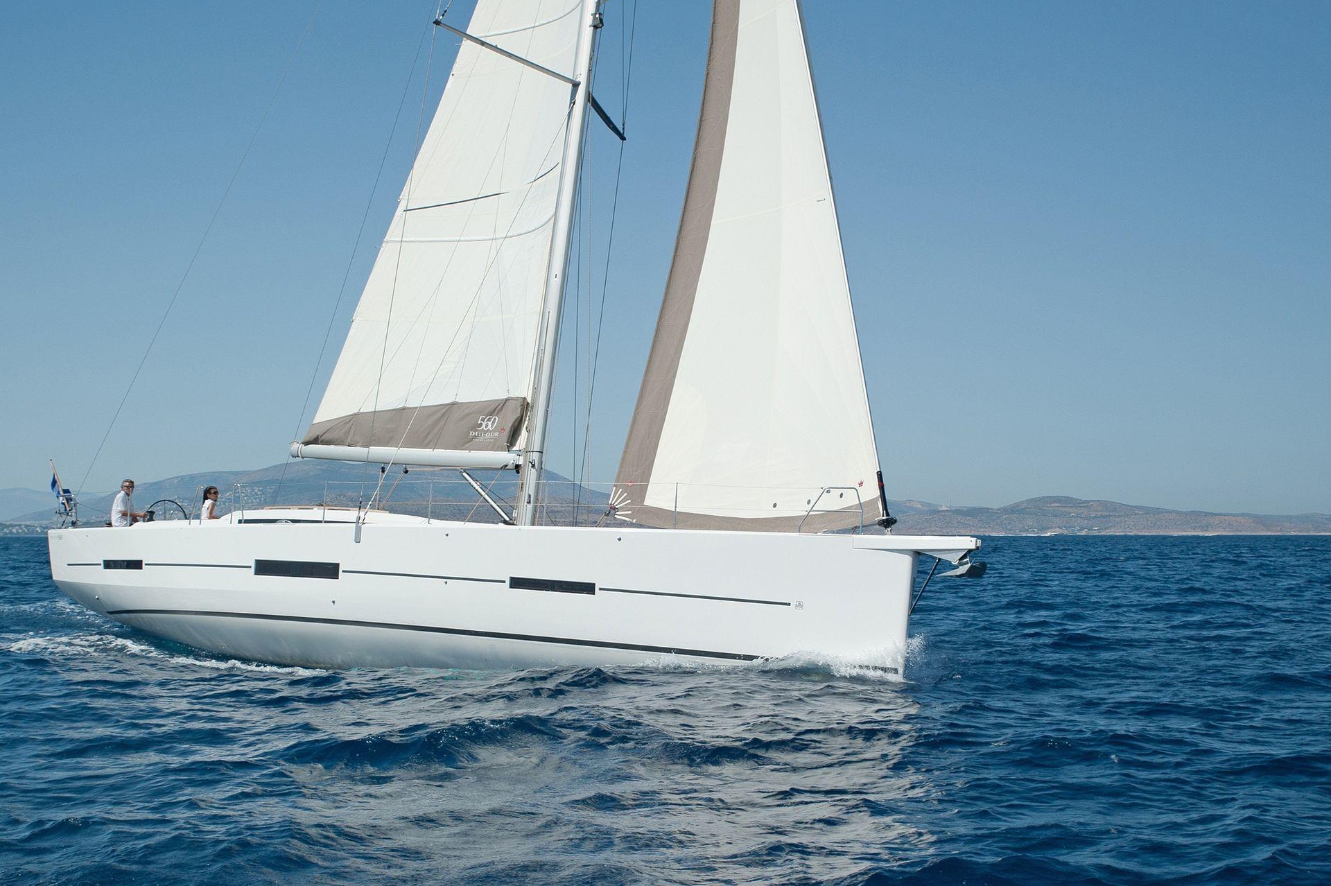 Dufour 560 GL sailing