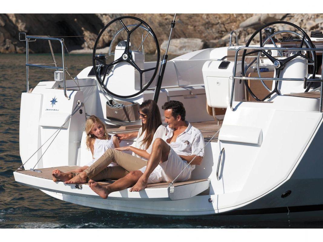 Sun Odyssey 479 couple sailing in Malaysia