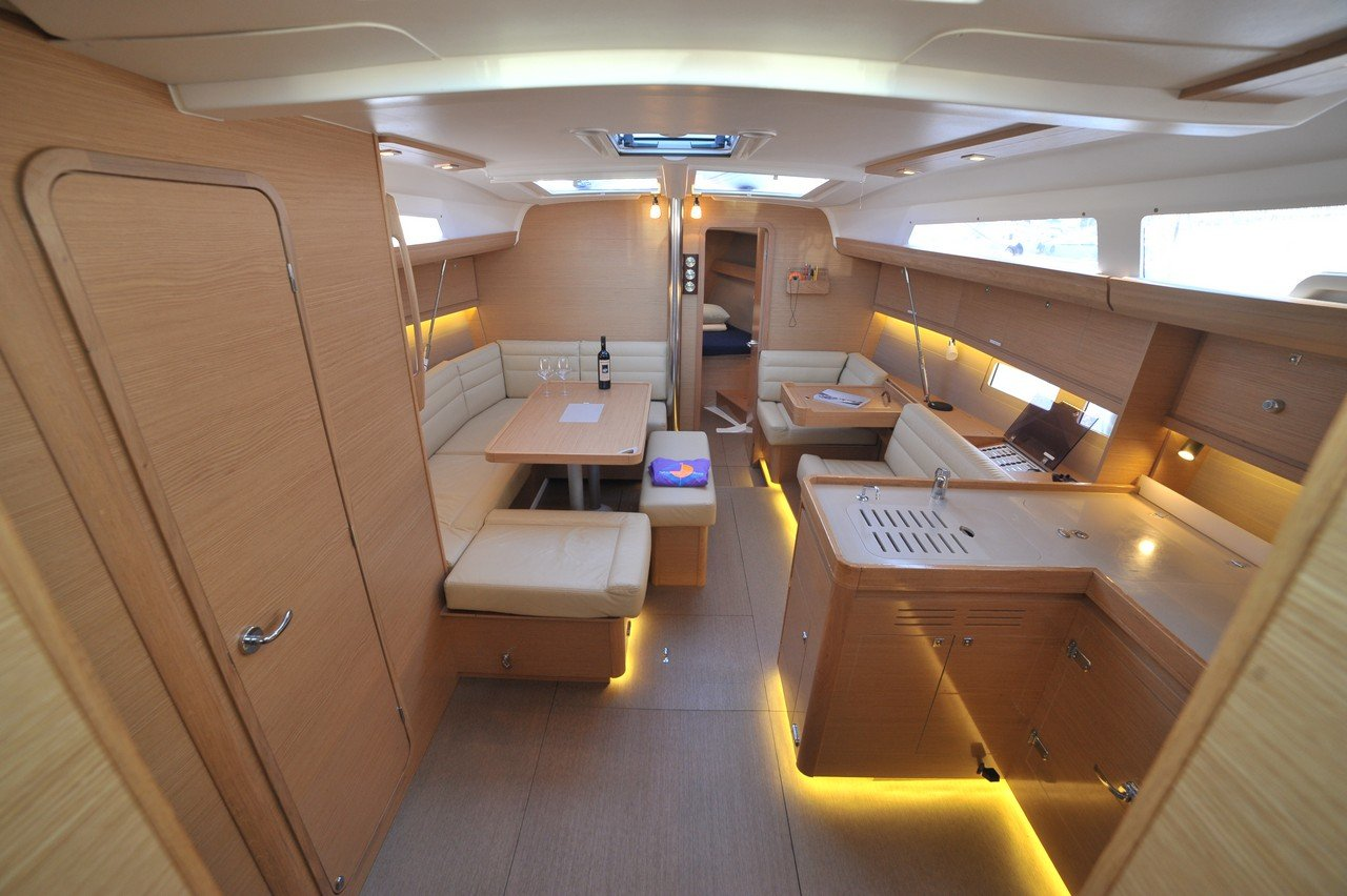 saloon of a Dufour 412 GL
