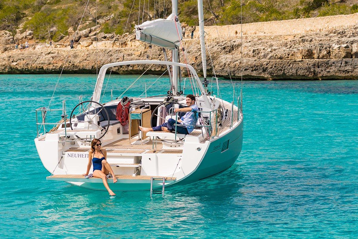 couple enjoying on Oceanis 41.1 in Croatia