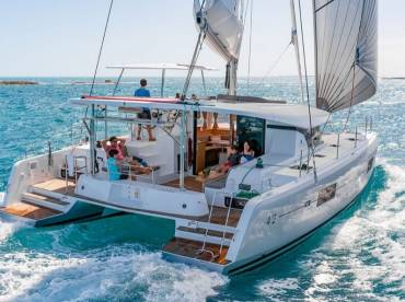 Daily and Weekly Boat Charter Athens Greece