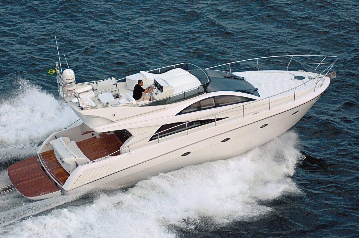 man cruising Ferretti 460