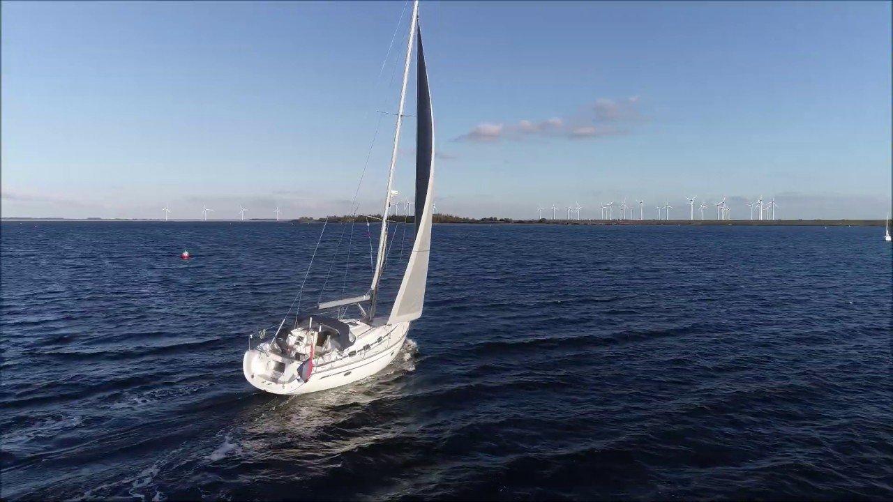 Bavaria 39 Cruiser sailing